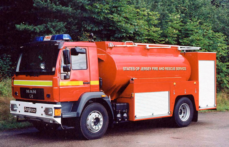 Angloco Water/Foam Tanker - 8500